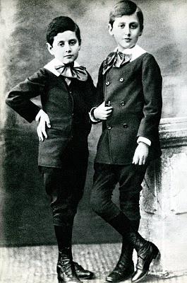 Robert et Marel enfants